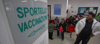 """Vaccino anti-influenza, l'Aifa """"Primi esami sui lotti sospesi escludono contaminazione"""""""