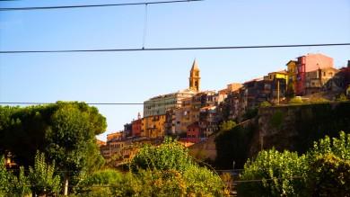 Ferrovia con vista mozzafiato È la Cuneo-Ventimiglia   foto