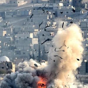 Iraq, caccia iraniani bombardano postazioni dell'Is