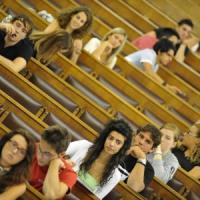 """Cervelli in fuga perchè """"espulsi"""" dall'Università. I dati Cgil: """"Solo il 6% dei ..."""