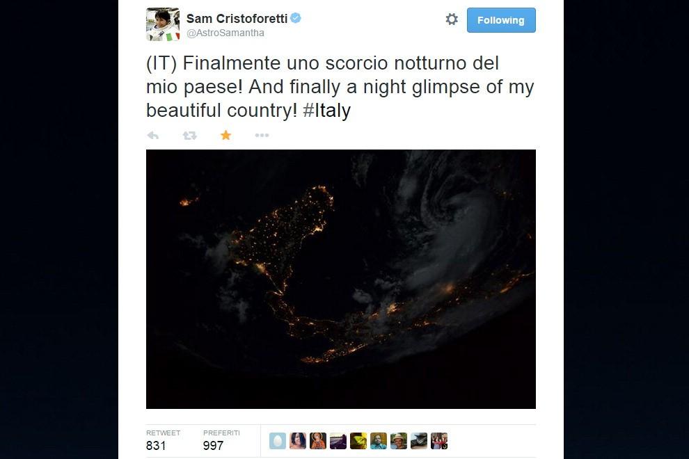 """""""Finalmente l'Italia di notte"""", la foto di Sam dalla Iss"""
