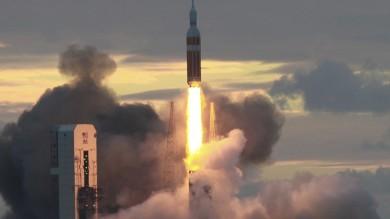 Capsula Orion, la Nasa può gioire -   Video   Lancio, volo e atterraggio perfetti