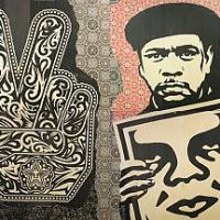 """A Napoli c'è """"Obey"""", l'uomo che infiltrò la street art alla Casa Bianca"""