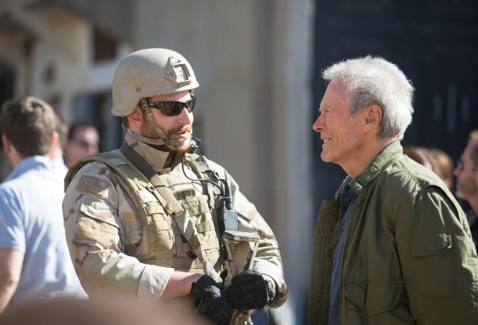 """Bradley Cooper è """"il diavolo"""", cecchino implacabile in """"American Sniper"""""""