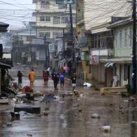 Filippine: arriva il tifone Hagupit, piogge torrenziali e raffiche a 200km/h