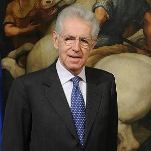 """Mario Monti: """"Regole Ue sul deficit ormai poco credibili, cambiamo il Trattato per fare investimenti"""""""
