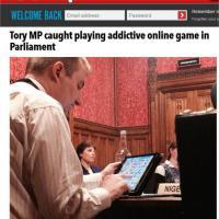 Londra, deputato Tory beccato a giocare con iPad durante seduta