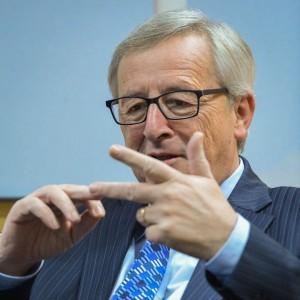"""Juncker: """"Senza riforme conseguenze spiacevoli per Italia e Francia"""""""