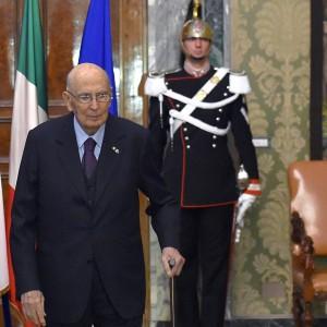 """Monito di Napolitano: """"Antipolitica patologia eversiva ma politica deve recuperare moralità"""""""