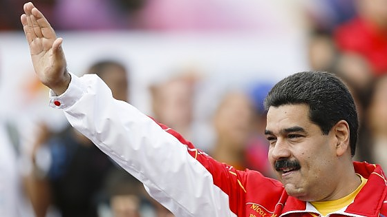 Allarme Moody's sul Venezuela: rischia default per crollo petrolio