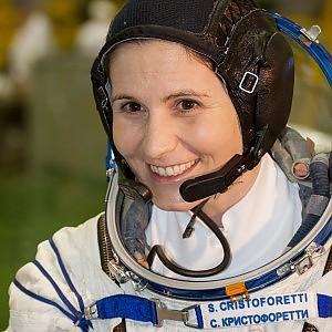 """Il primo collegamento video di Astrosamatha dallo spazio: """"L'Italia vista dall'alto è bellissima. Scalda il cuore"""""""