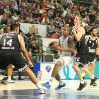 Basket, Eurolega: Real troppo forte, Sassari travolta nell'ultimo quarto