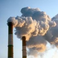 Ue, retromarcia di Juncker sull'ambiente. Ma l'Italia dice no