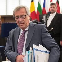 """Juncker si corregge sulla Grecia """"Preoccupa la destra non Tsipras"""""""