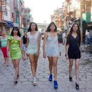 Modelle Baraccopoli Cresciute Scuola La Nelle Per Aires Buenos Bn780qII