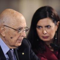"""Quirinale, il saluto di Napolitano: """"Voci di scissioni e voto anticipato fanno perdere..."""
