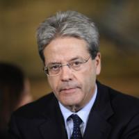 """Marò: Gentiloni: """"Obbligati a reagire in modo fermo e unitario"""""""