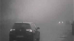 Milano, il risveglio nella nebbia