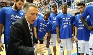 Basket, Brindisi conferma tra le grandi. Bucchi: ''Le sorprese oggi non esistono più''