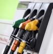 Scende la spesa energetica ma il Fisco spinge la benzina