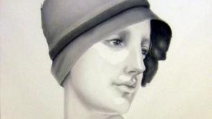 Ritratti femminili su carta  ispirati alle sculture classiche
