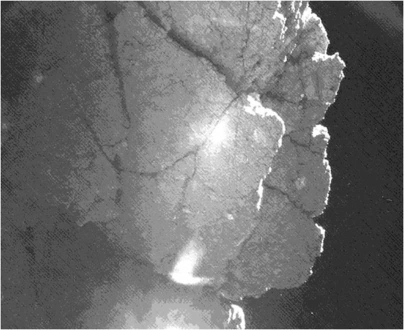 Nuove immagini dalla cometa, ma Philae ancora non si trova