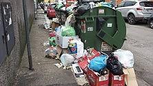 La spazzatura costa  8 miliardi agli italiani