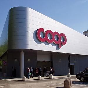 Per le Coop più utili dalla finanza che dai supermercati