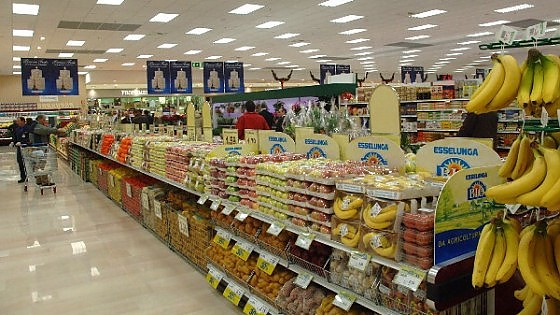 supermercati esselunga regina di utili arrancano i big On supermercato esselunga roma
