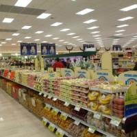Supermercati, Esselunga regina di utili. Arrancano i big francesi
