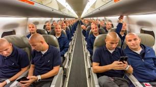 Quei posti sono tutti miei  cento selfie a bordo dell'aereo