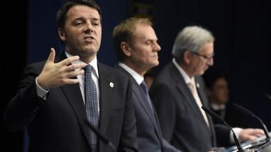 """Vertice Ue, ok piano Juncker da giugno   Renzi: """"Direzione giusta"""" video  foto"""