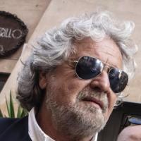 """Legge Stabilità, Grillo: """"Un voto da ladri, è dittatura con vaselina"""""""