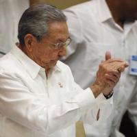 """Usa-Cuba, Obama: """"Vorrei andare all'Avana"""". Castro, lotta lunga prima di fine embargo"""