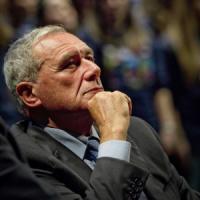 """Manovra, Grasso replica a Grillo: """"Mio compito è far votare, errori corretti"""". Renzi:..."""