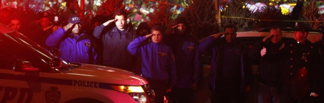 """New York, uccide due poliziotti   Le immagini    """"Voglio vendicare i neri ammazzati""""   mappa"""