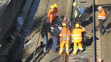 Attentato incendiario, danneggiati i cavi dell'Alta velocità a Firenze   le immagini