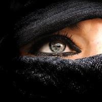 Germania, la svolta senza veli del sexy-shop online conforme alla sharia