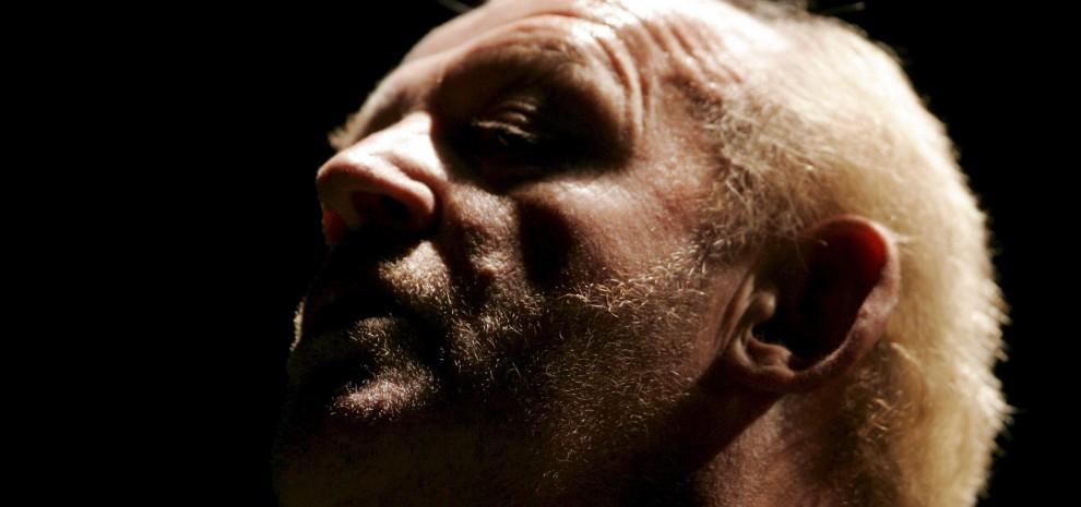 è morto Joe Cocker, la voce graffiante del grande rock: aveva 70 anni