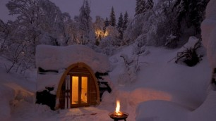 Dal villaggio Hobbit all'igloo  La notte di Natale la passo qui