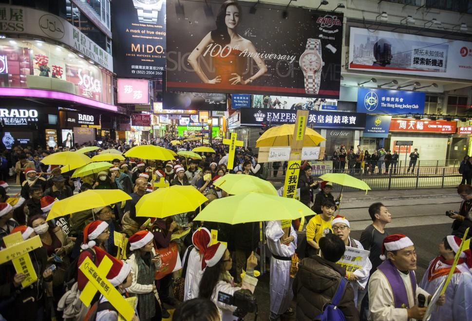 Hong Kong, nuova manifestazione pro-democrazia