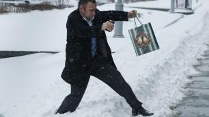 Incredibile, la tempesta di neve blocca Mosca: traffico e scali in tilt
