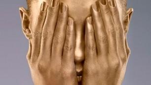 Oro, platino, diamanti, perle... gioielli per la pelle