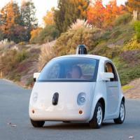 Google, il primo prototipo dell'auto che si guida da sola