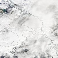 Traghetto in fiamme: la perturbazione sull'Adriatico dal satellite