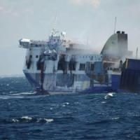 """Un passeggero inglese accusa: """"L'equipaggio non era sulla nave con noi"""""""