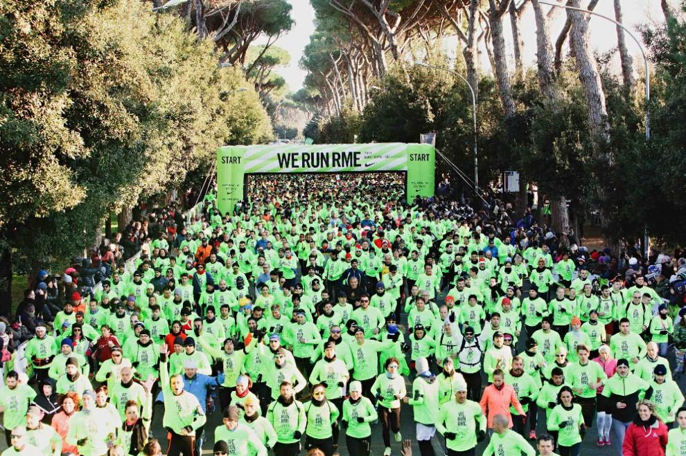 """""""We Run Rome"""", il freddo non ferma gli atleti"""