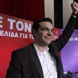 """Grecia, Syriza ancora in testa nei sondaggi. Bruxelles: """"L'appartenenza all'euro è irreversibile"""""""