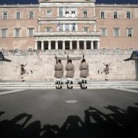Ue, debito allungato e riduzione dei tassi un piano segreto contro il default greco