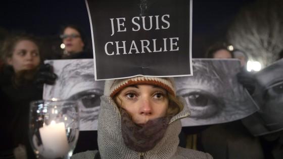 Parigi, strage al Charlie Hebdo: caccia ai killer